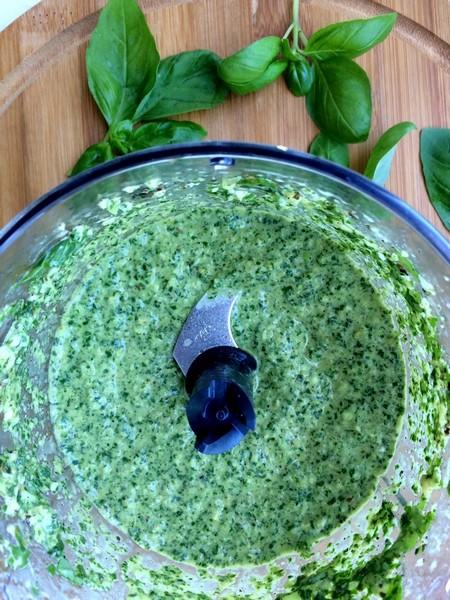 Bazyliowe Pesto zOrzeszkami Pini fot.3