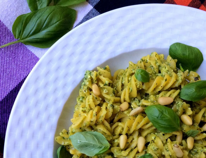 Bazyliowe Pesto zOrzeszkami Pini fot.1