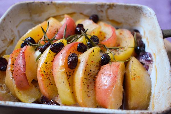 Pieczona pierś zkurczaka wjabłkach iżurawinie 3
