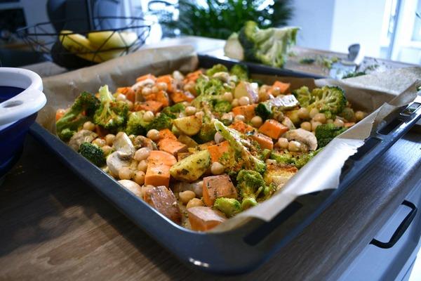 Pieczone warzywa wkremowym sosie fot 3, Justyna Lenda dietetyk kliniczny, poradnia dietetyczna Just Foos Therapy