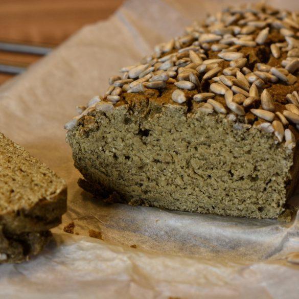 Bezglutenowy chleb wegański, Justyna Krzemińska (Lenda), dietetyk kliniczny online, Just Food Therapy, poradnia dietetyczna fot 1